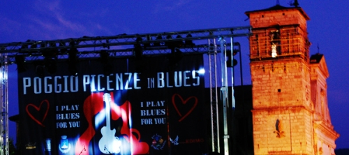 Poggio Picenze in blues